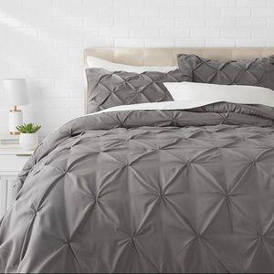 Amazon Basics Full/Queen Comforter Set